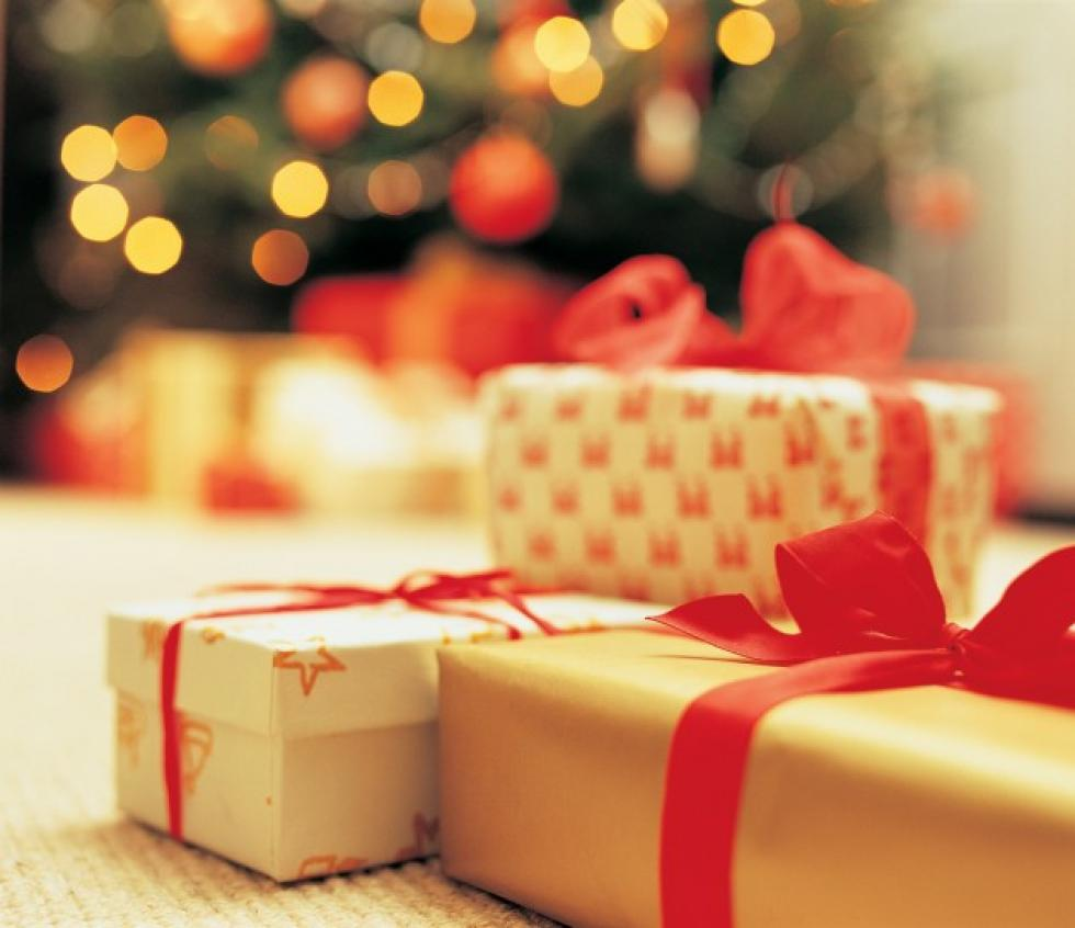 when do you open your christmas presents - When Do You Open Christmas Presents