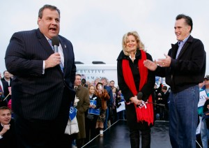 Mitt Romney Campaigns with Gov Christie